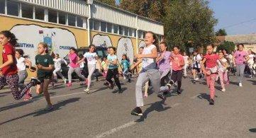 Стотине ученика трчало поводом Дана општине Србобран